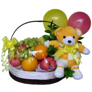 bingkisan-buah-bunga-kelahiran-bayi-perempuan
