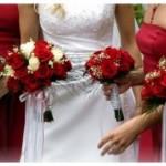 Penggunaan Hand Bouquet Artificial Sebagai Elemen Penting Dekorasi Pesta Pernikahan