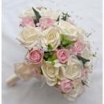 Kelebihan dan Keuntungan Memilih Hand Bouquet Artificial Sebagai Buket Pengantin