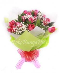 Buket Bunga Tangan 11-HeartsStrisngs