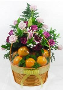 parcel buah dan bunga untuk keluarga