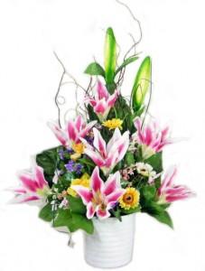 tips-merangkai-bunga-plastik