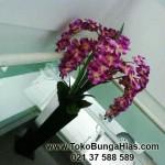 Rangkaian Bunga Plastik, Untuk Dekorasi Ruangan