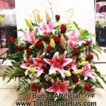 Bunga Plastik Untuk Ruang Tamu