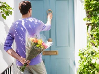 Hadiah Bunga Dari Pria