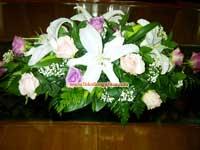 Bunga-untuk-di-atas-peti