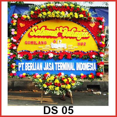 Karangan Bunga Papan Selamat DS 05
