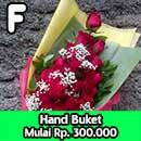 f-hand-buket-bunga-mawar