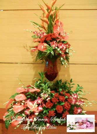 Rangkaian Bunga Heliconia untuk Acara Pembukaan Toko