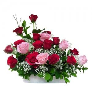 karangan-bunga-meja-mawar-merah-pink