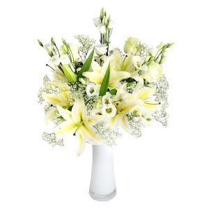 vas-bunga-lily-casablanca-baby-breath-putih