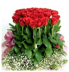 buket-tangan-mawar-cantik-spesial