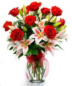 bunga-mawar-merah-lily-spesial-hari-valentine