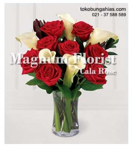 Rangkaian-Vas-Bunga-Eksotis-Cala-Lily-Mawar-Merah
