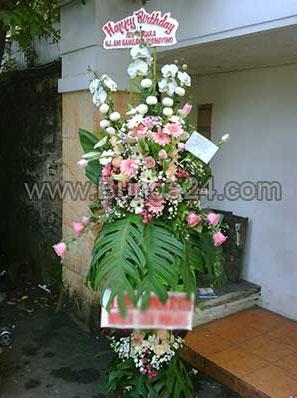 Jual-Standing-Flower-Untuk-Ulang-Tahun-Ibu