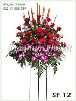 Karangan bunga standing SF 12